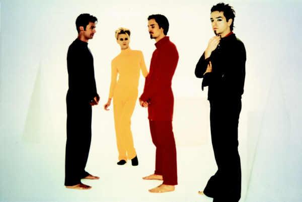 """L'immagine """"http://www.spaghettitaliani.com/Musica/Biografie/Bluvertigo03.jpg"""" non può essere visualizzata poiché contiene degli errori."""