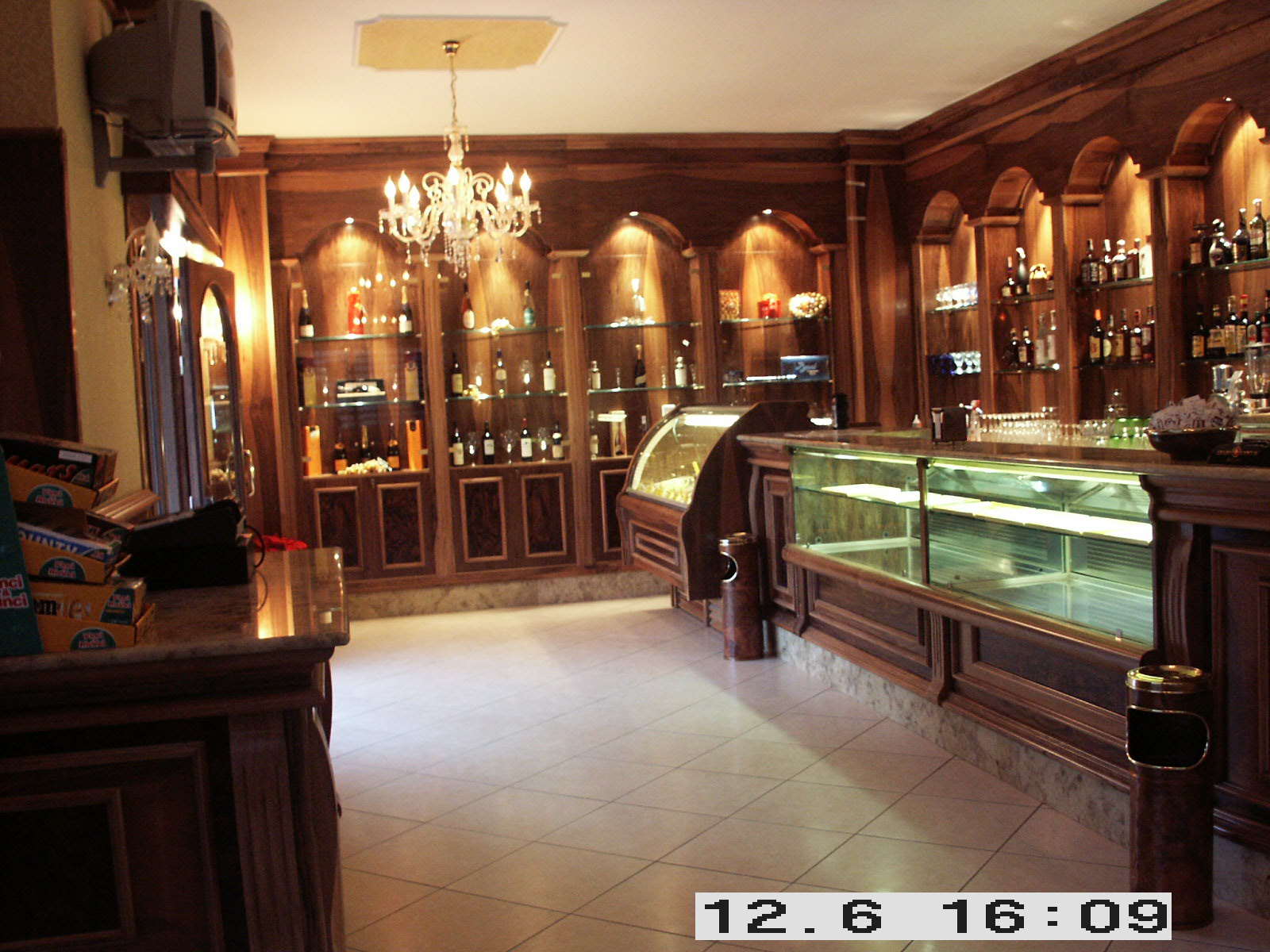 Arredamento bar for Ifi arredamenti bar