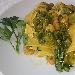 Pappardelle con asparagi, crema di asparagi e gamberetti