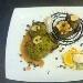 Ricetta inserita su spaghettitaliani.com da Alberto Arcari: Sella  di capriolo in crosta di pistacchi e cacao con tortino di mele e gocce di cioccolato con salsa di cioccolato fondente e zenzero