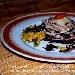 La Ricetta del giorno del 05/02/2018 inserita su spaghettitaliani.com da Luigi Alioto: Millefoglie di tonno con radicchio e scaglie di cacio cavallo in salsa di pere all'aglio
