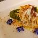 Spaghetti quadrati alla bava con crema di broccolo, pinoli tostati e polvere di pane profumata ai semi di finocchio