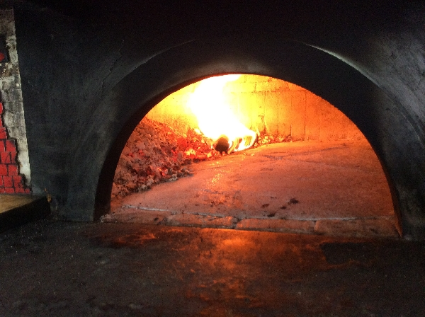 Articolo vari tipi di forni per cuocere la pizza i - Temperatura forno a legna pizza ...