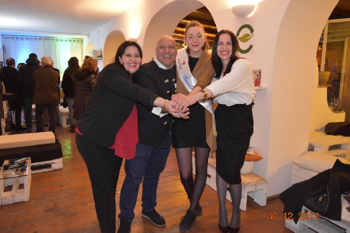 -Premio Miss Chef Maratea con Paola Aranci chef executive presso Grace Mansion ( --Premio Miss Chef Maratea con Paola Aranci chef executive presso Grace Mansion )