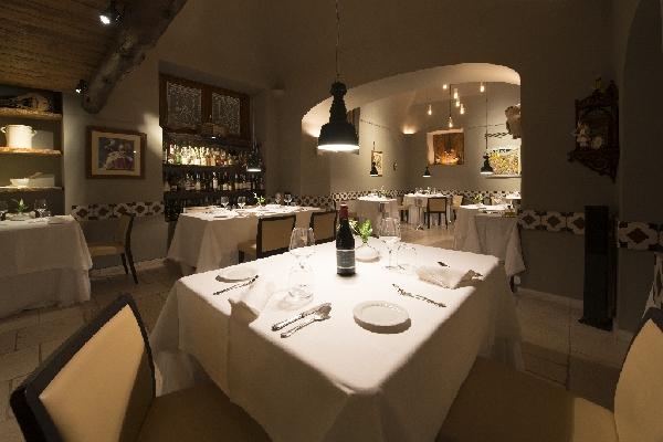 Articolo: i 5 trucchi per illuminare al meglio il tuo ristorante
